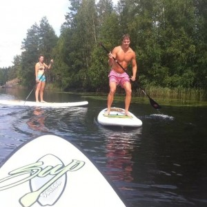 Me Stand-Up-Paddling.
